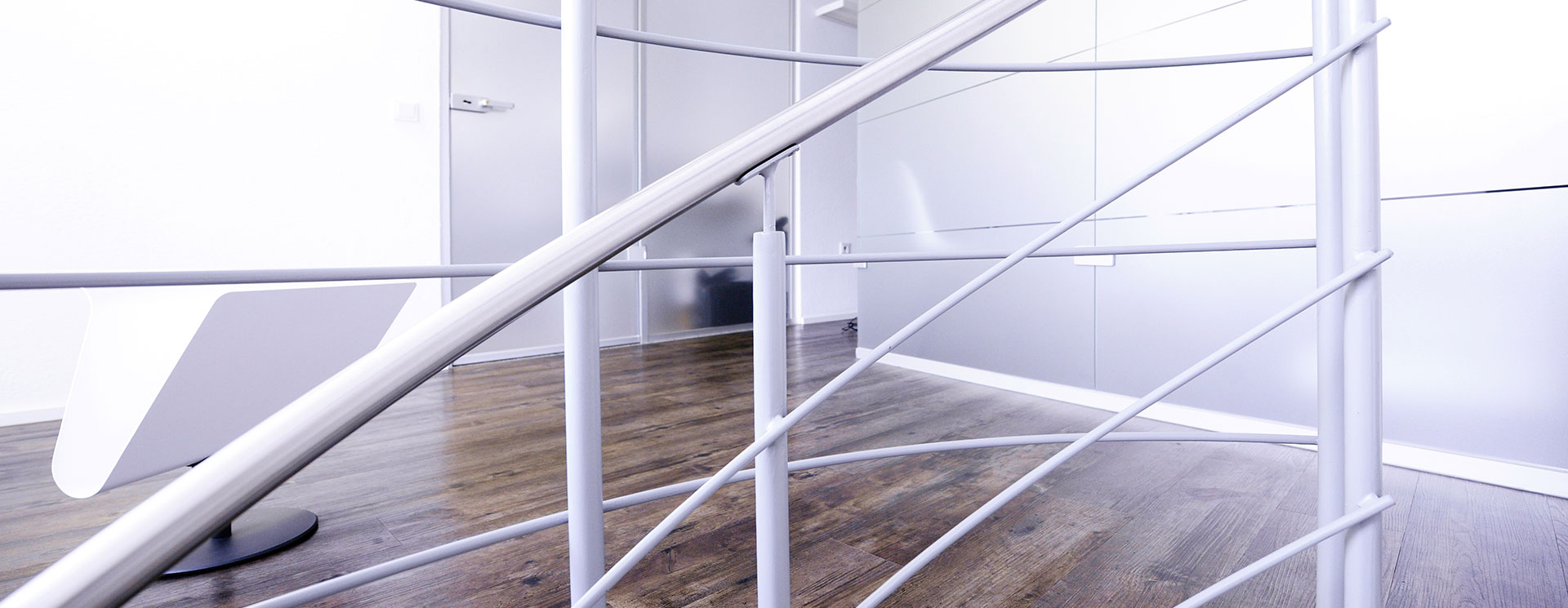 zahnarzt nürnberg dr. meisel - praxis auf zwei etagen
